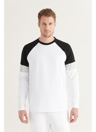 Avva AVVA Erkek Beyaz Bisiklet Yaka Reflektör Detaylı Parçalı Sweatshirt A11Y1007 Beyaz